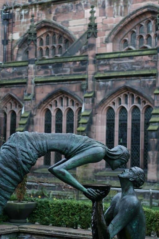 Stephen Broadbent's Water of Life sculpture