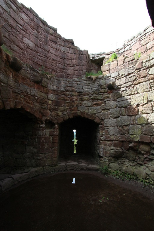 Inside the inner ward gatehouse
